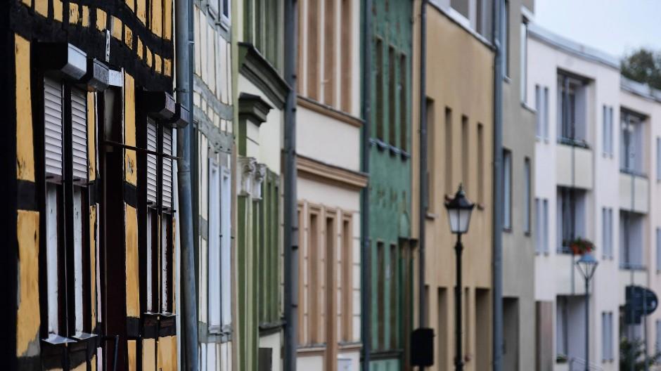 Das Umland von Metropolen wird immer beliebter: Wohnhäuser in Brandenburg