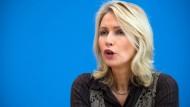 Hat sie Verschärfungen ins Gesetz geschmuggelt: Das unterstellen Verhandlungspartner Frauenministerin Manuela Schwesig.