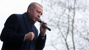 Erdogan statuiert ein Exempel nach dem anderen