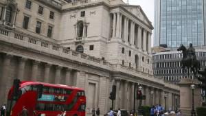 Bank of England verzichtet auf Leitzinssenkung