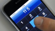 Standortdaten, die bei Handygesprächen anfallen, werden vier Wochen lang gespeichert.