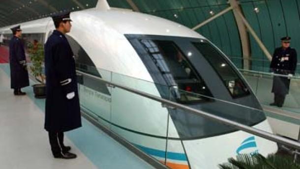 China läßt Transrapid-Konsortium warten