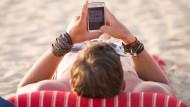 Entspannt oder angespannt: Wiegen die Vorteile der Erreichbarkeit die Nachteile auf?