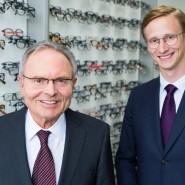 Günther Fielmann (l) und sein Sohn Marc Fielmann (Bild aus April 2017)