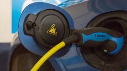 Volvo wird rein elektrisch und online