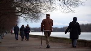 CSU will bei Rente mit 63 eingreifen
