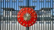 Hinter Gittern: Der Palast des türkischen Regenten Erdogan in Ankara.