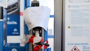 Auch Shell und Jet empfehlen Verzicht auf Erdgas-Betankung