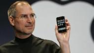Am 9. Januar 2007 hat Steve Jobs das erste iPhone der Welt vorgestellt.