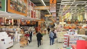 Hornbach bietet Amazon die Stirn