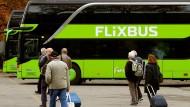 Ein Flixbus am Busbahnhof in Zürich.