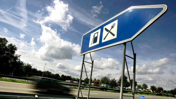Was finden Anleger an Autobahnraststätten so sexy?