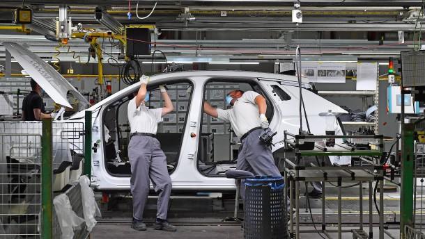 Im Auto gegen den Opel-Kurs