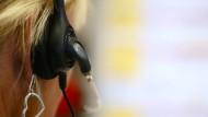 Schnell im Callcenter anrufen, schnell um IT-Hilfe bitten: Das ist zu einfach!