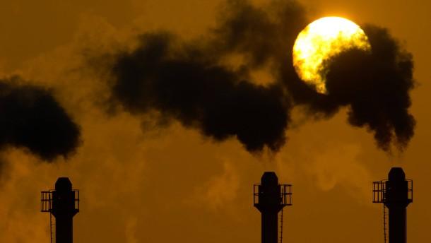 Industrie soll mehr für Strom zahlen