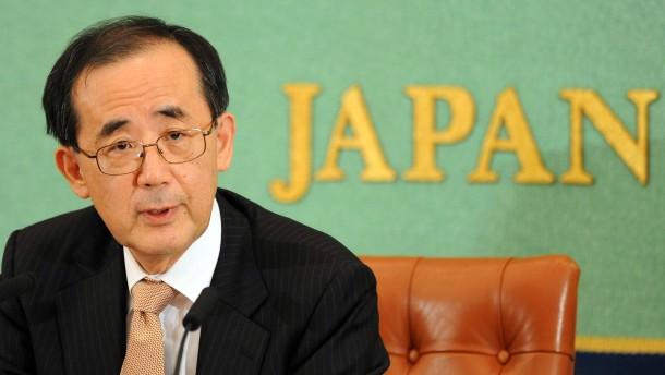 Japans Notenbankchef geht früher als geplant