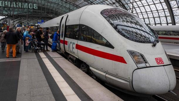 Echtzeit-Fahrplan von Bahn-Fernzügen kommt in Google Maps