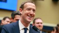 Mark Zuckerberg musste sich zum Datenskandal vor dem amerikanischen Kongress äußern.