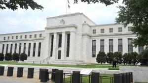 Leitzins in Amerika bis 2014 nahe null Prozent