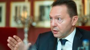 Stournaras: Der Überschuss wird eine große Überraschung