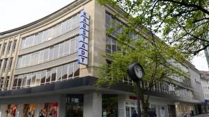 Sozialplan für Schließung von Karstadt-Häusern steht