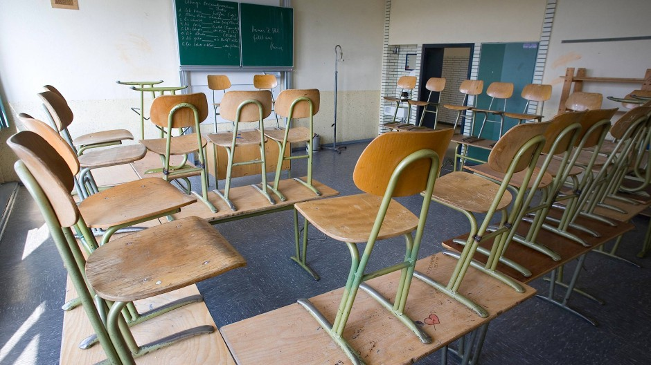 Stühle hoch, Schulen dicht.