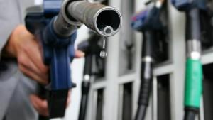 Libyen-Krise erreicht die Tankstellen