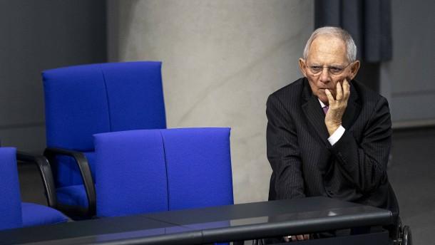 Schäuble sieht durch EZB-Urteil den Euro in Gefahr