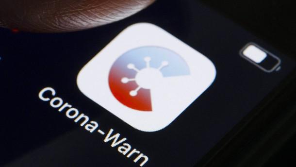 Söders Frust über die Corona-Warn-App