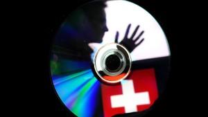 Schweiz erlässt Haftbefehl gegen deutsche Fahnder