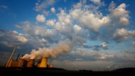 Emissionen aus Braunkohle-Kraftwerken tragen einen großen Teil zur Erderwärmung bei.