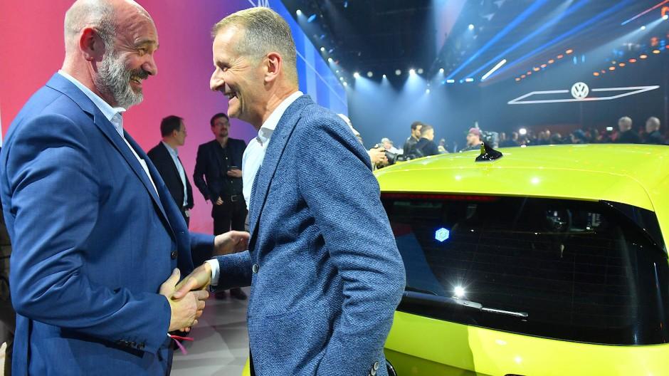 Auto-Größen: VW-Chef Herbert Diess (r.) und Bernd Osterloh