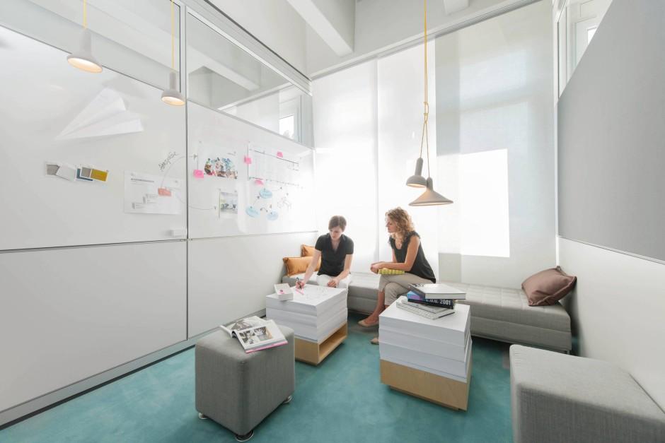 bilderstrecke zu b ro einrichtung neue raumkonzepte f r. Black Bedroom Furniture Sets. Home Design Ideas