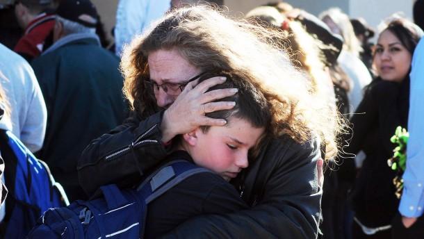 Zwölfjähriger schießt auf Schulkameraden