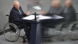Schäuble: 15 Milliarden Euro Spielraum für Steuersenkungen
