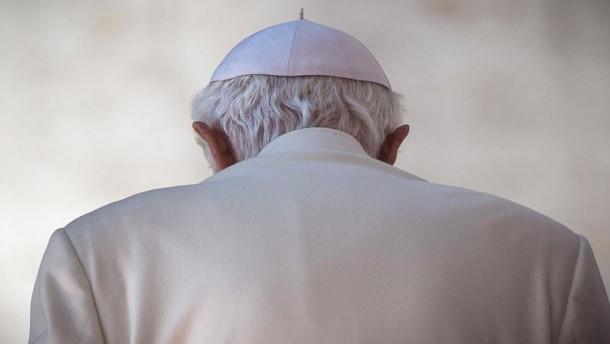 Als Benedikt XVI. 400 Priester wegen Kindesmissbrauchs feuerte