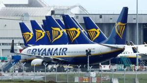 Ryanair plant Standortschließungen
