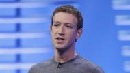 Mark Zuckerberg ist der Vorstandsvorsitzende von Facebook.
