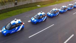 Konzern aus China kündigt massenweise Roboter-Autos an