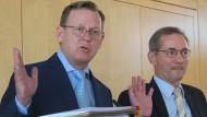Auch diesmal erfolgreich: Bodo Ramelow und Matthias Platzeck hatten schon 2015 im Konflikt zwischen Bahn und GDL die Schlichter gegeben.