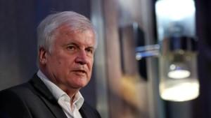 "Seehofer hält Mietendeckel für ""völlig falsches Signal"""