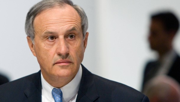 Clemens Börsig: Früherer Deutsche-Bank-Aufseher verlässt Vatikan-Bank ...