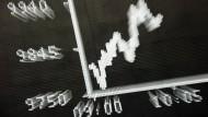 In Zeiten niedriger Zinsen sind Aktien zunehmend attraktive Anlagen.