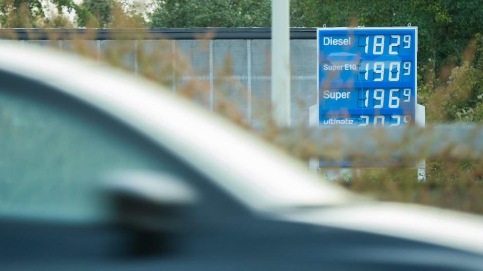 Hohe Spritpreise, auch an dieser Tankstelle in Hildesheim