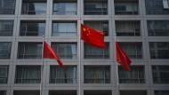 China nimmt Händler nach Börsencrash an die kurze Leine
