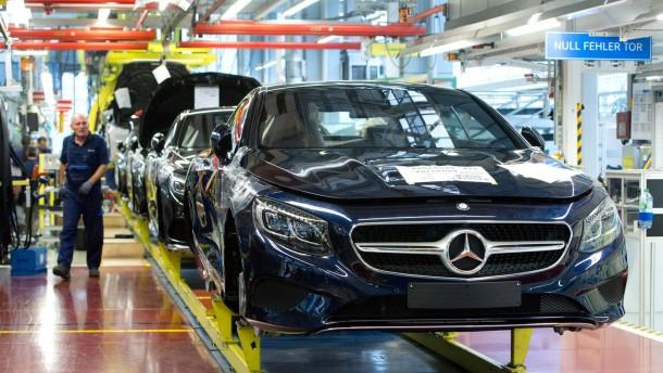 Daimler spannt Mitarbeiter für Abgas-Kampagne ein