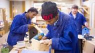 Viele Flüchtlinge nicht für Arbeitsmarkt qualifiziert