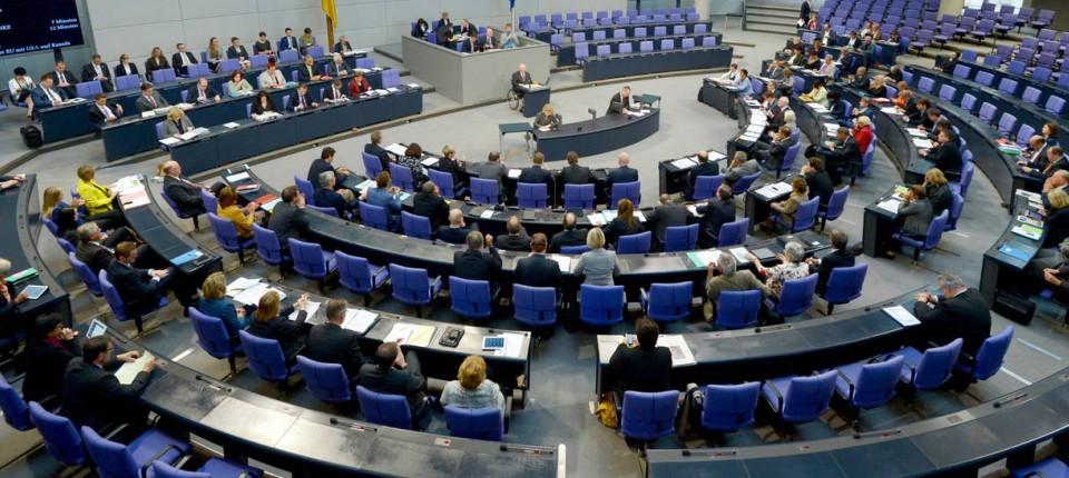 Scheinselbständigkeit Bundestag Soll Millionen Nachzahlen