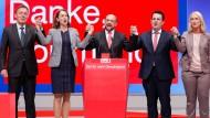 Die SPD-Spitze wehrt die Vermögensteuer vorerst ab