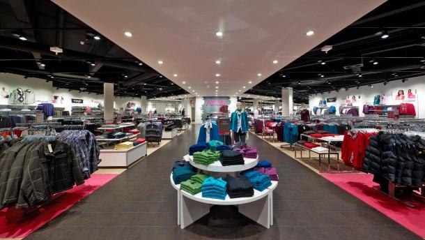Steilmann greift nach Adler Modemärkten